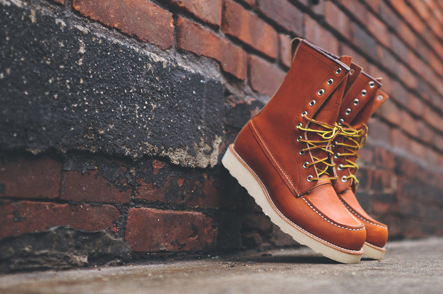 "Red Wing 8"" Moc Toe Heritage - ""Oro Legacy"""