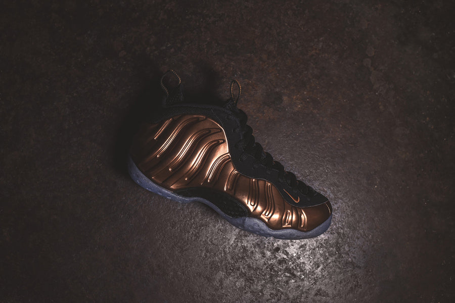Nike Air Foamposite One - Black / Metallic Copper