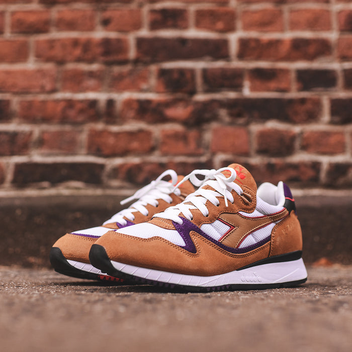Diadora x Patta V.7000 90s - Honey mustard / Neutral grey
