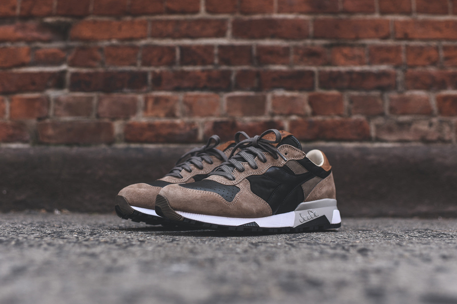 Diadora Trident 90 Heritage - Grape Leaf / Walnut