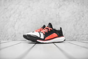 adidas by Stella McCartney WMNS Energy Boost - Black / Chalk White / Shock Pink