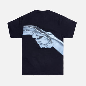Filling Pieces Handshake Tee - Black