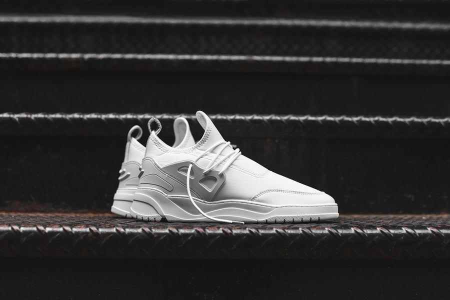 Filling Pieces Inner Circle Astro Runner Jinx - Triple White