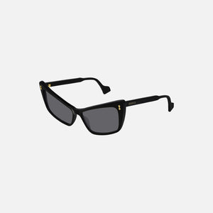 Gucci Eyewear Exaggerated Cat Eye - Black