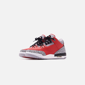 Nike Grade School Air Jordan 3 Retro SE - Varsity Red / Cement Grey / Black Image 3