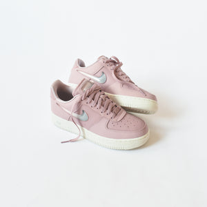 a35a66e91017a Nike WMNS Air Force 1  07 - Plum Chalk   Obsidian Mist   Summit White