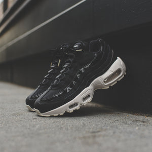 0f6fb70895fa7a Nike WMNS Air Max 95 SE - Black   Summit White   Platinum