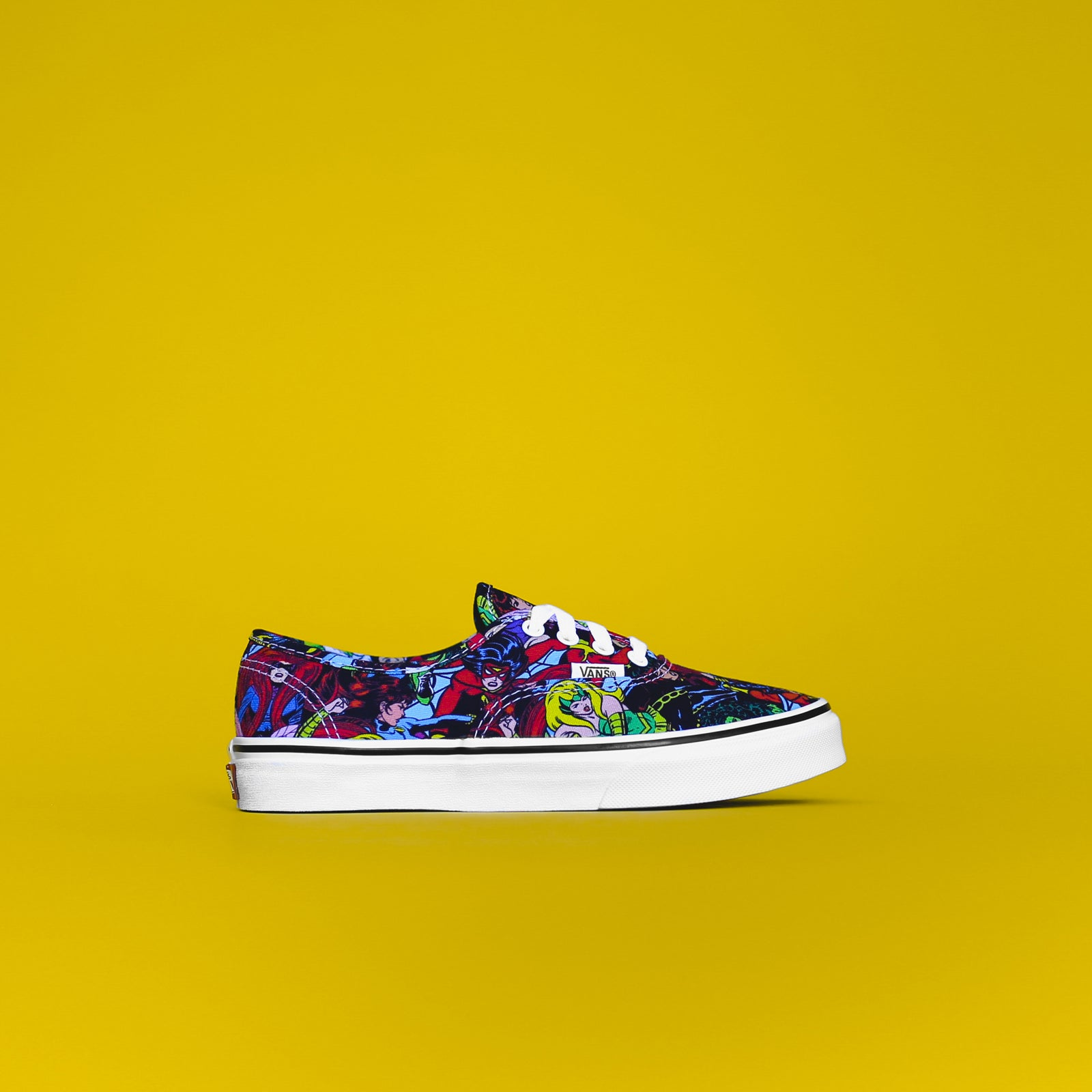 Vans x Marvel Kids Authentic - Multi / True White