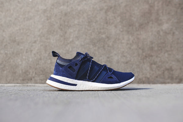 adidas Originals WMNS Arkyn - Blue / Cloud White / Gum