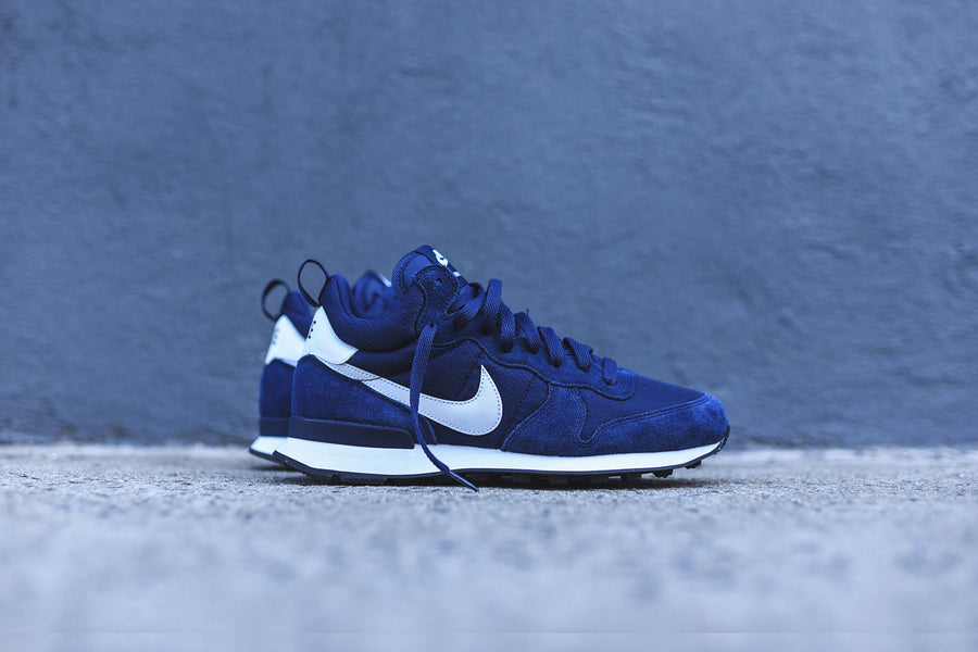 Nike Internationalist Mid - Navy / White