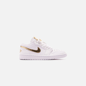 Nike WMNS Air Jordan 1 Low - White / Metallic Gold