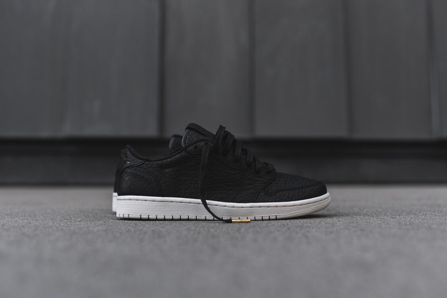 Nike Air Jordan 1 Low PRM - Black