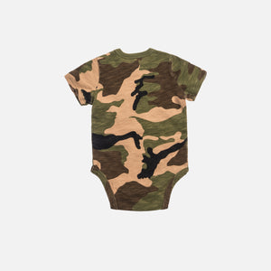 Kith Kids Toddlers Quinn Onesie - Woodland Camo