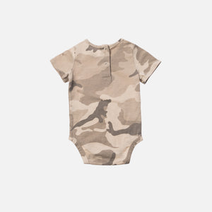 Kith Kids Toddler Classic Logo Onesie - Off Beige / Camo