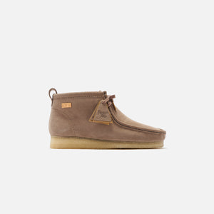 Ronnie Fieg x Clarks Wallabee Boot - Pebble