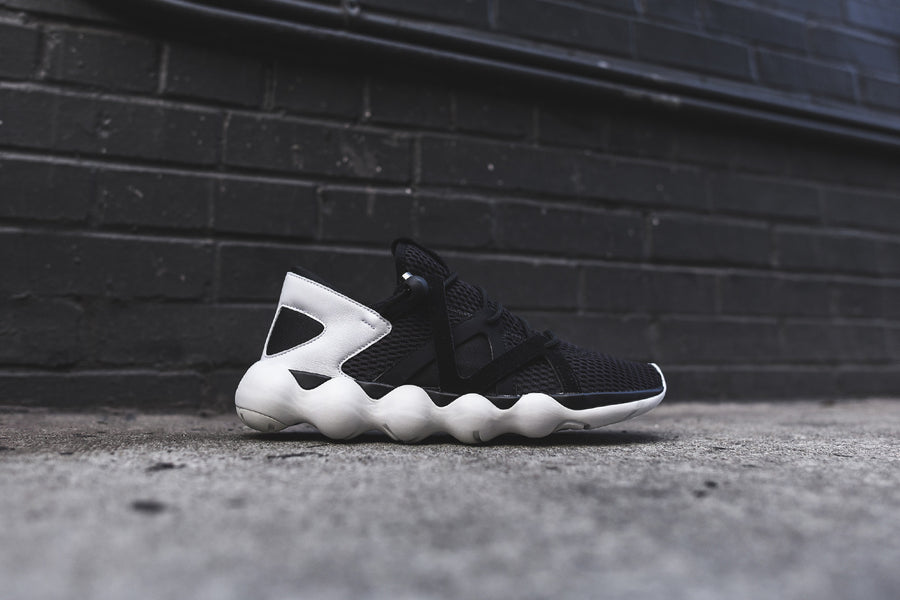Y-3 Kyujo Low - Black / White