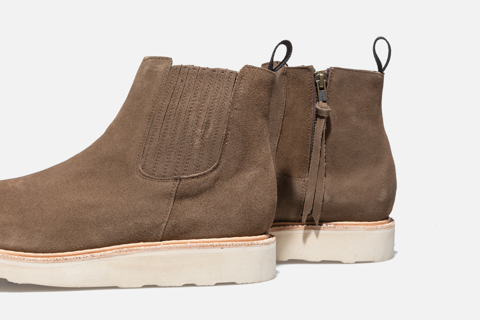 Ronnie Fieg x Caminando Chelsea Boot - Olive