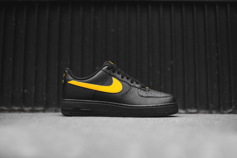 Nike Air Force 1 '07 - Black / Yellow