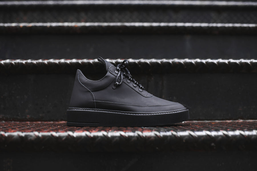 Filling Pieces Low Top Dress Cup - Black