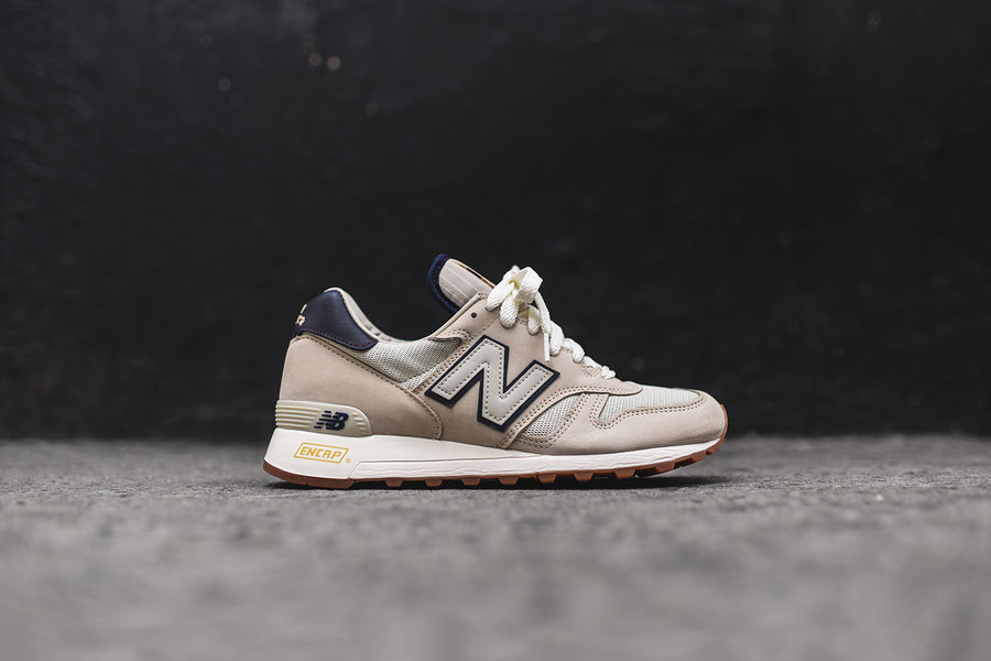 New Balance M1300DMB - Baseball Light Grey