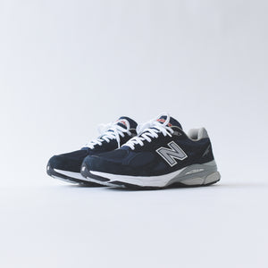 New Balance 990 v3 - Navy / White