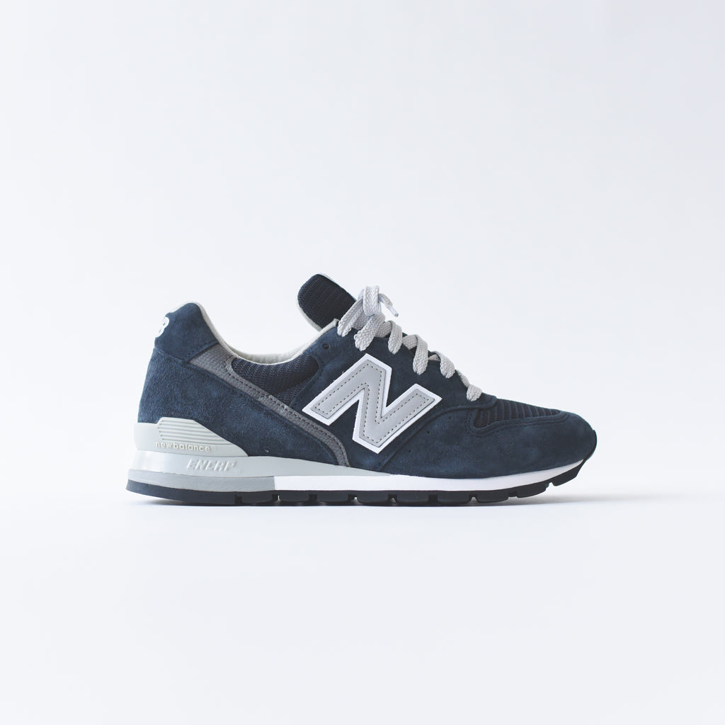 official photos efd65 f7444 New Balance 996 - Navy / White