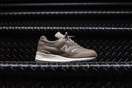 New Balance 997BKR - Beige / Grey