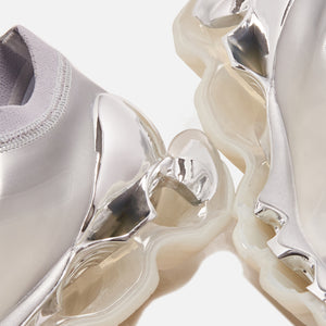Mizuno x SORAYAMA Wave Prophecy - Chrome Silver