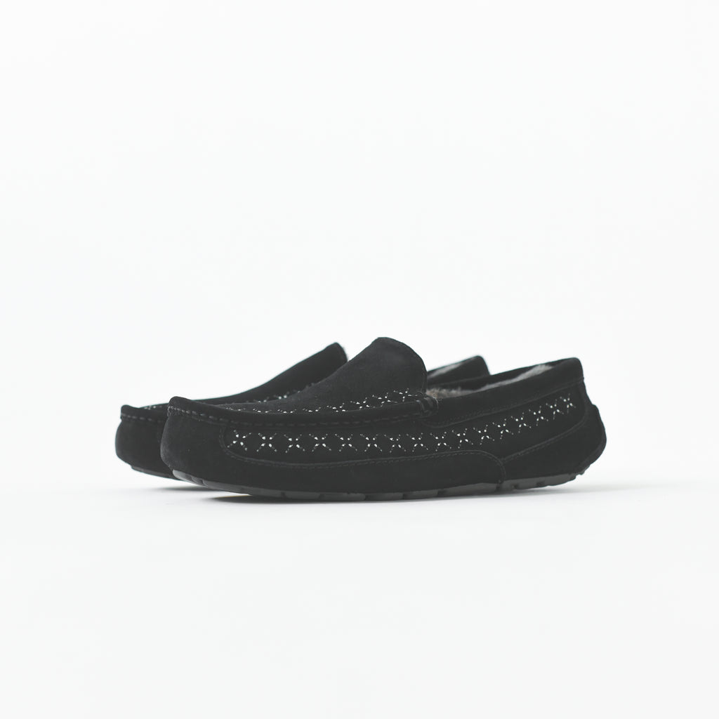 a60b2a9492c UGG x White Mountaineering Ascot - Black