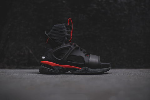Puma x McQ Tech Runner Sandal - Black / Red