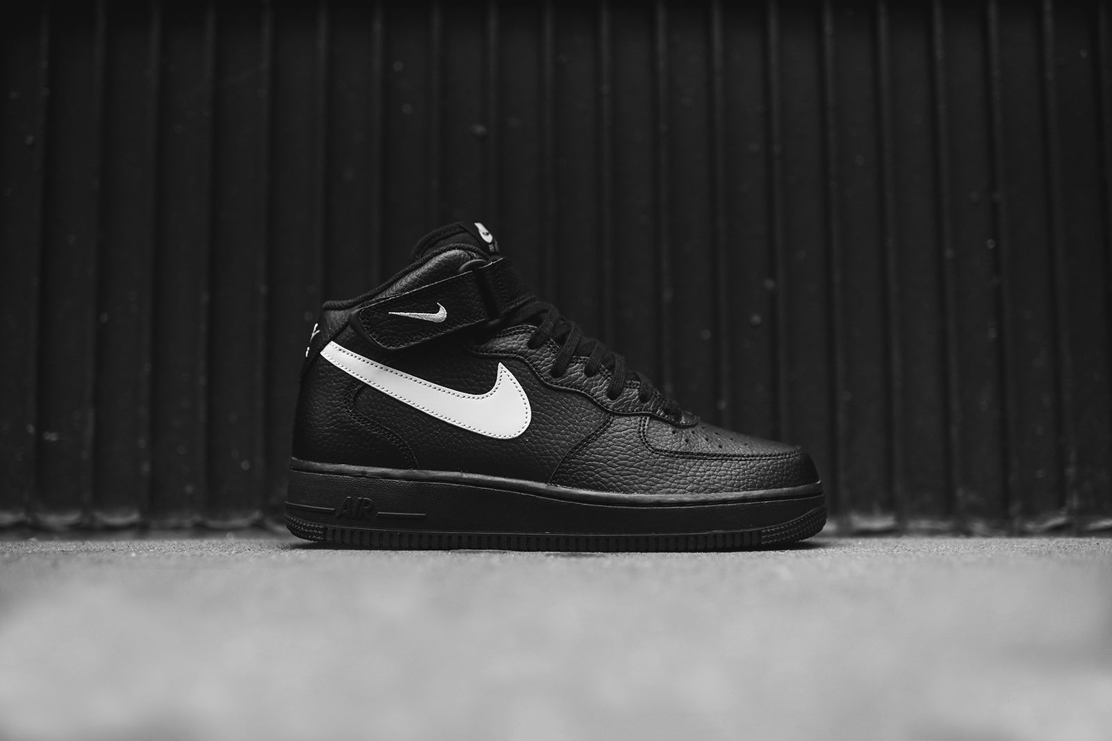 Footlocker rabais eastbay en ligne Nike Air Force 1 Mid 07 Dessins En Noir Et Blanc boutique en ligne 3AbGCH
