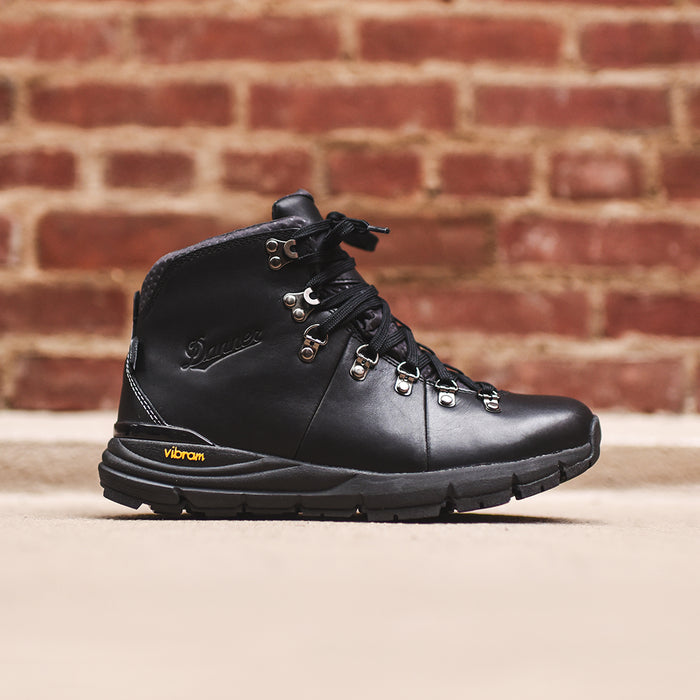 Danner Mountain 600 - Carbon Black