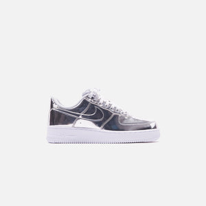 Nike WMNS Air Force 1 SP Low - Metallic Silver / White Image 1