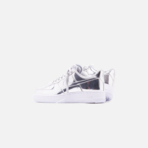 Nike WMNS Air Force 1 SP Low - Metallic Silver / White Image 3