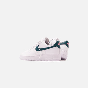 Nike WMNS Air Force 1 - White / Dark Teal Green / Sunset Pulse