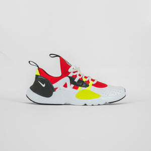 Nike Grade School Huarache E.D.G.E. - White / Black / Volt / University Red