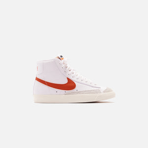 Nike Blazer Mid `77 Vintage - White / Mantra Orange / Sail
