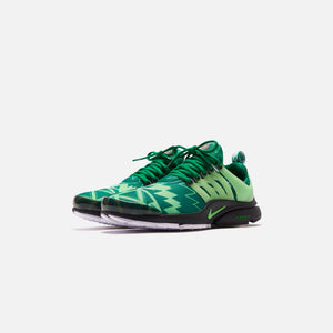 Nike Air Presto - Pine Green / Green Strike / Black / White Image 3