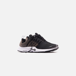Nike Air Presto - Black / White