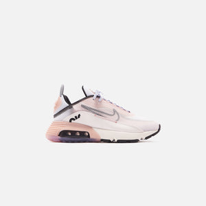 Nike WMNS Air Max 2090 - Summit White / Black / Champagne