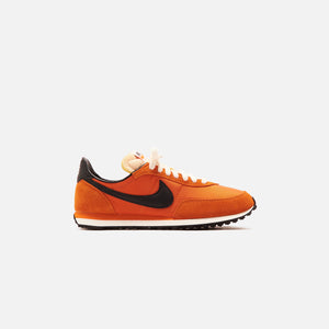 Nike Waffle Trainer 2 SP - Starfish / Black / Summit