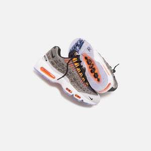 Nike x Kim Jones Air Max 95 - Black / Total Orange / Dark Grey