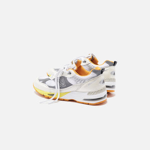 New Balance x Aries Arise Made in UK 991 - Silver / White / Orange