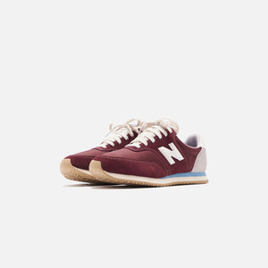 New Balance COMP 100 - Burgundy / Wax Blue Image 3