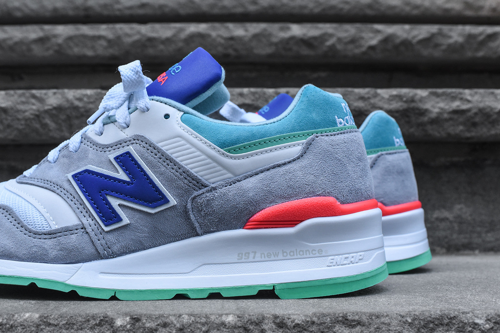 New Balance 997 - Grey / Green