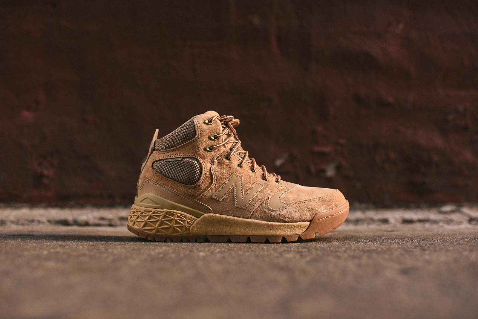 New Balance Fresh Foam Paradox - Camel