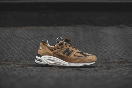 New Balance M990v2 - Brown / Chocolate