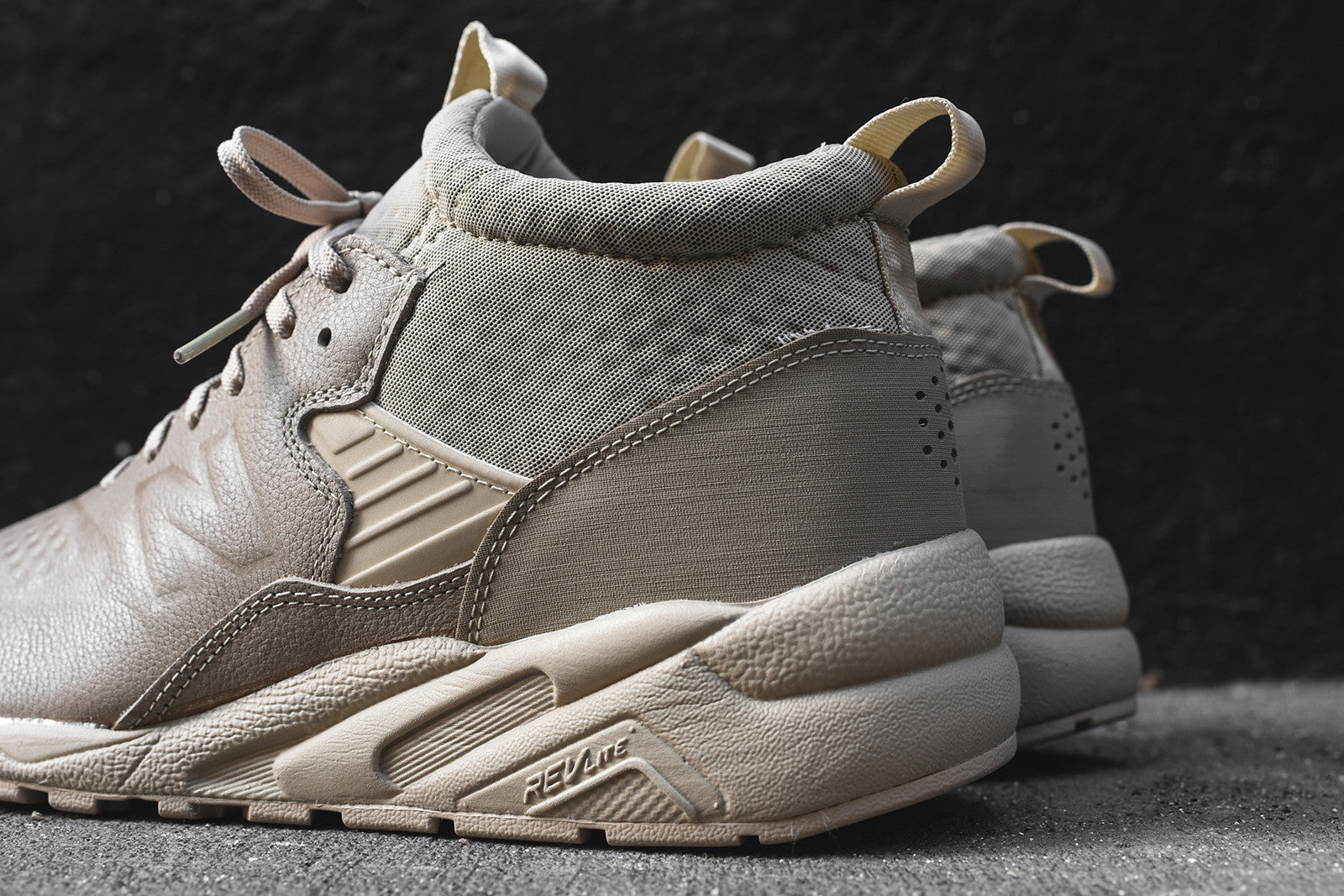 New Balance 580 Deconstructed Mid - Beige