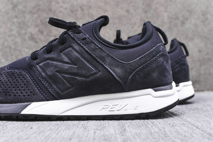 New Balance 247 - Navy / White