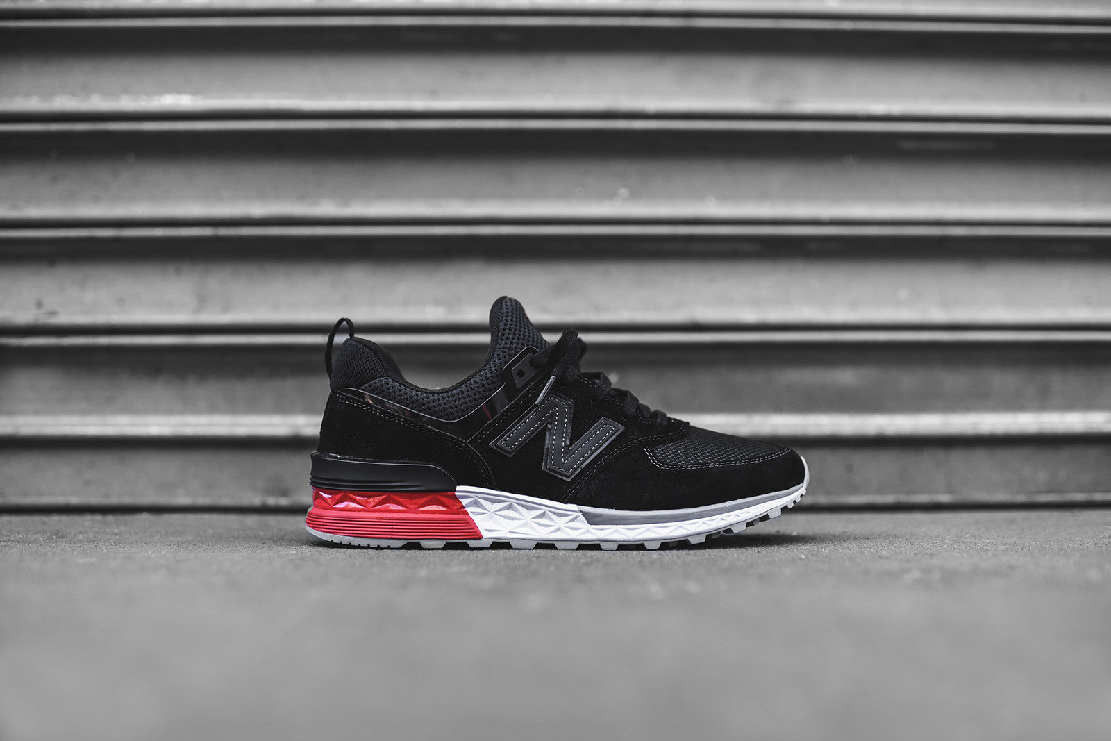 new balance 574 sneakers black